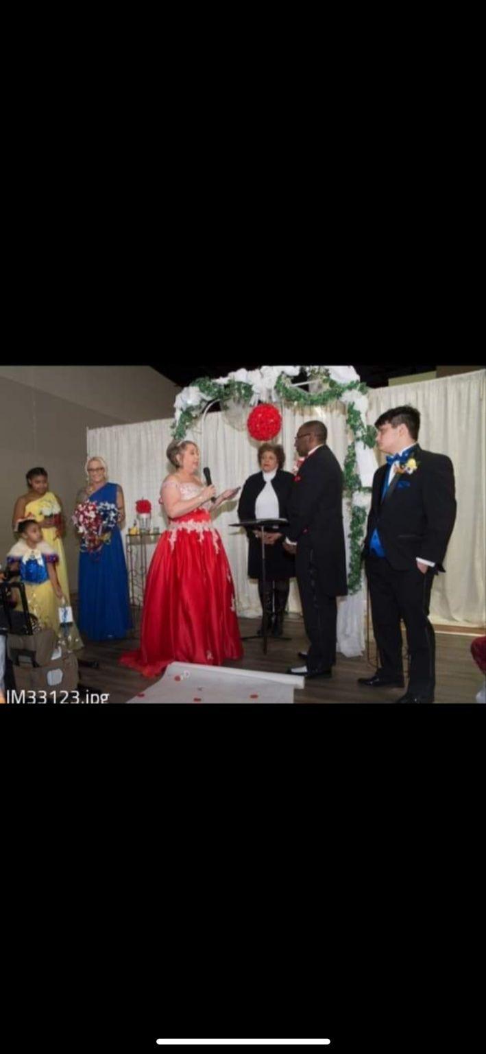 Snow White Enchanted Wedding