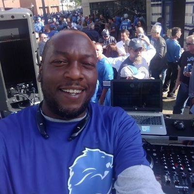 Avatar for 🎧DJ BIGG SMOOVE West Bloomfield, MI Thumbtack