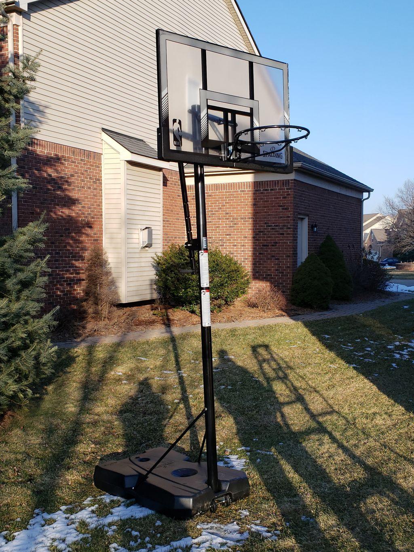 Basketball hoop assembly