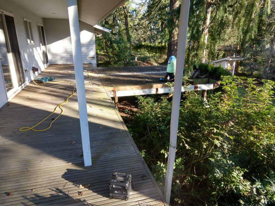 Replacement Design Build Hardwood Deck