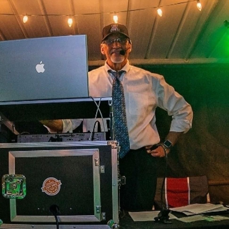 Retro Radio DJ Service
