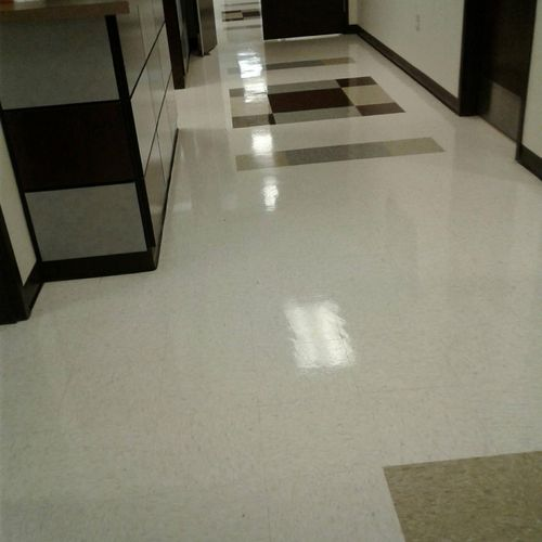 Medical Clinic Floor Buffing