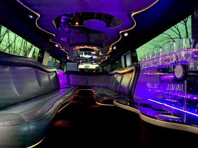 Avatar for Omega Limousines LLC