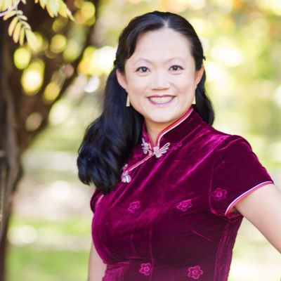 Avatar for Lien's Feng Shui designs and wedding officiant.