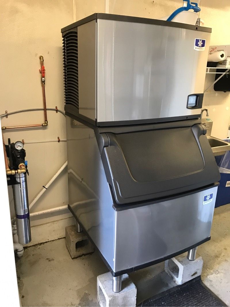 Commercial Ice Machine Service