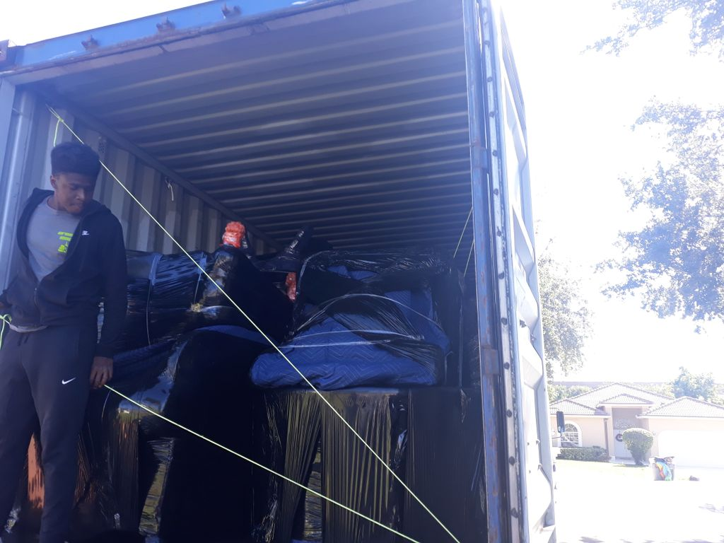 53FT CONTAINER LOAD