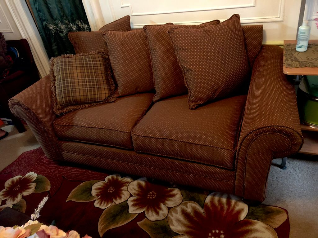 Living room set upholstered
