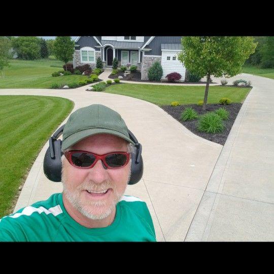 Fast Trak Lawns, and Allegheny leaf pickup