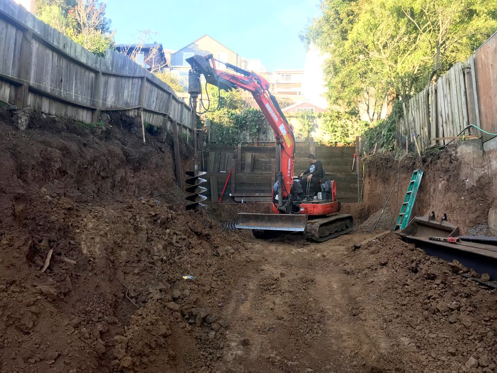 Total demolition and foundation excavation