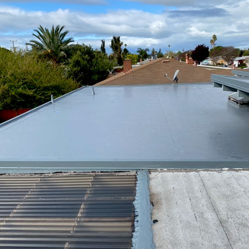 Flat roof Hayward