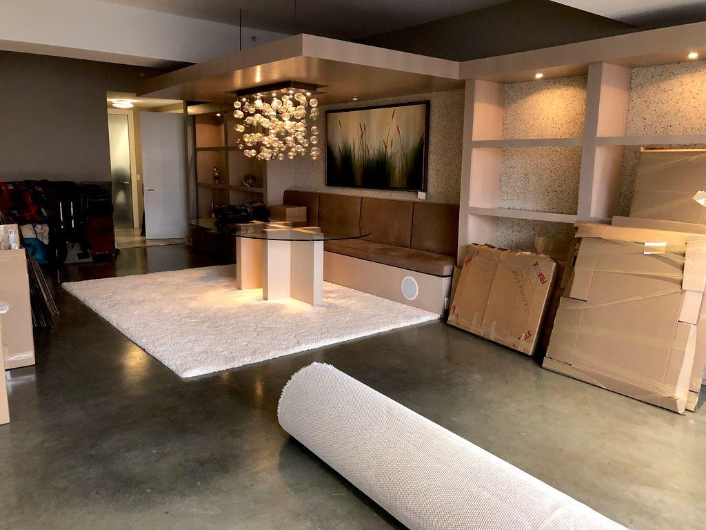 Full service 2 bedroom apartment