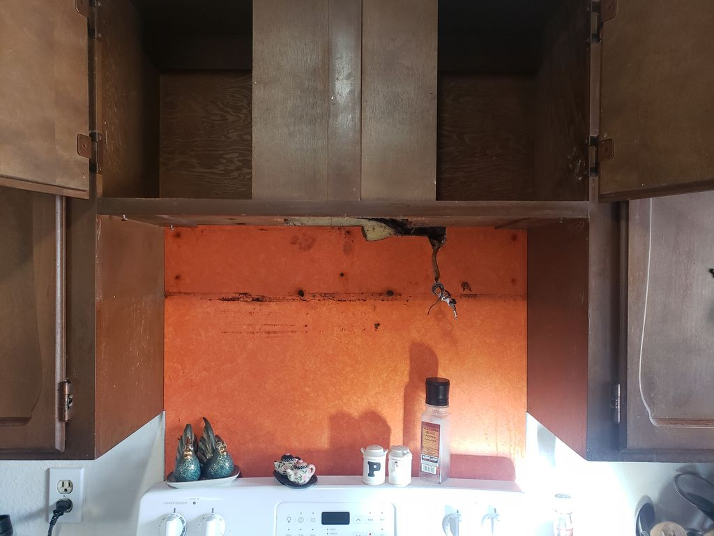 2 undercabinet hoods installation