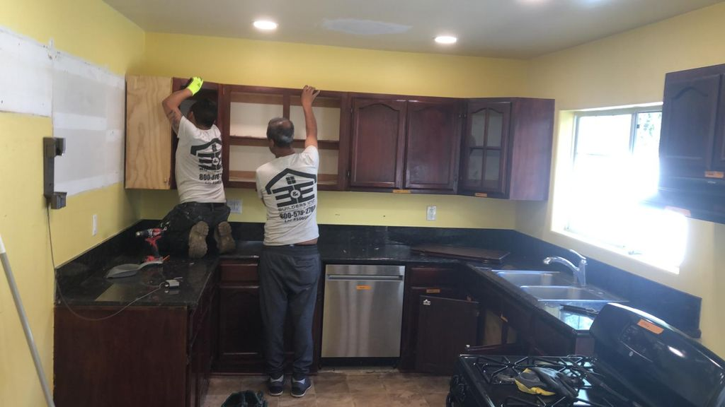 Complete Kitchen Remodeling- Ave 54 LA
