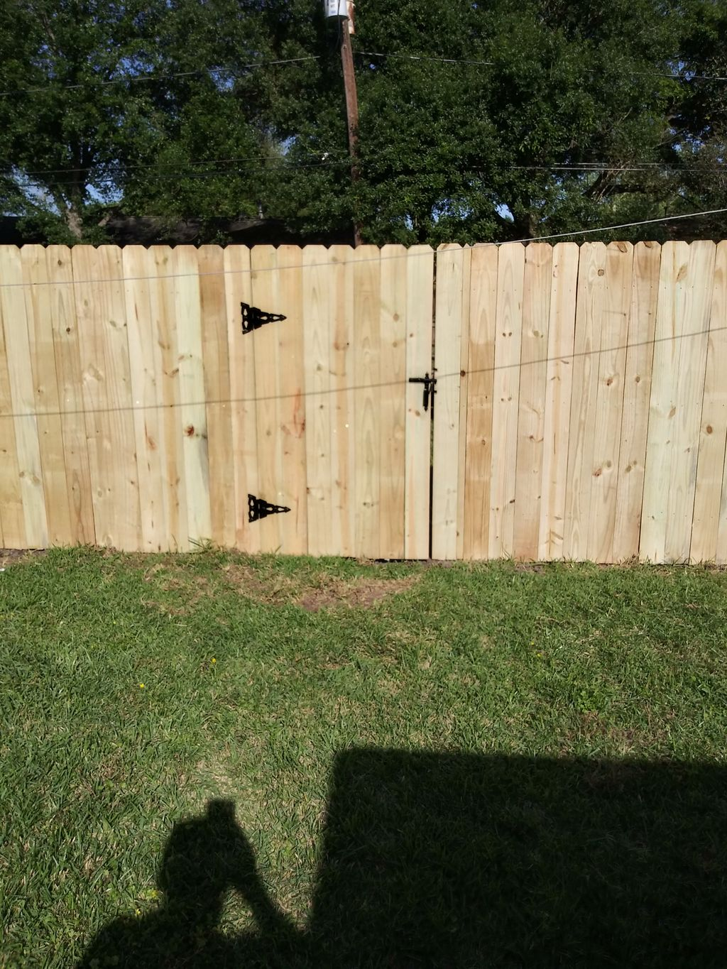 remove old fence and install new fence