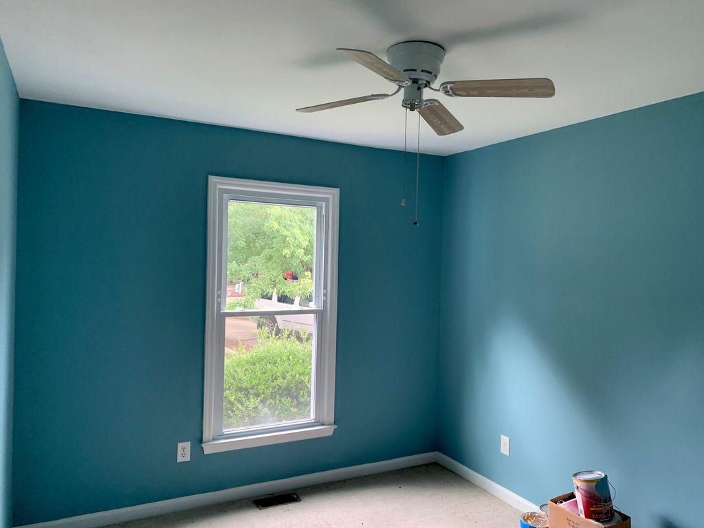 2 bedrooms w trim
