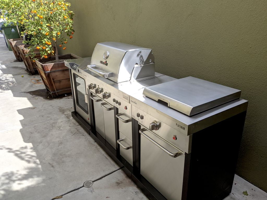 BBQ Island assembly and smoker cleaning