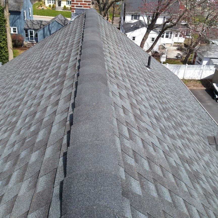 Family contractor roof repairs