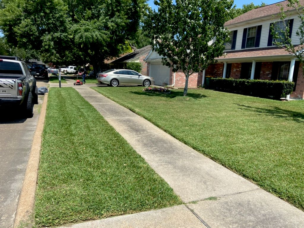 Houston LawnCare