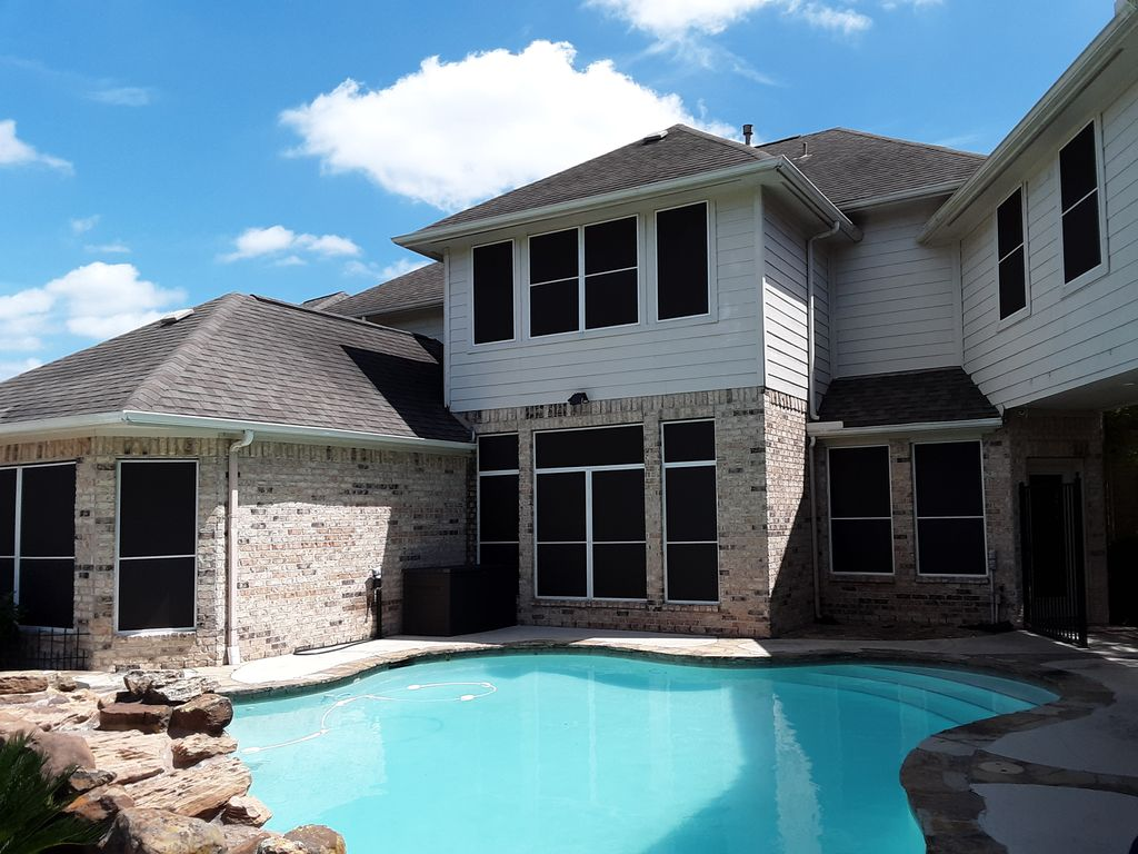 Back of House, Pool area