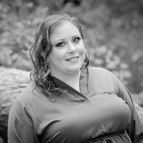 Kristine Abbey, Owner/Broker