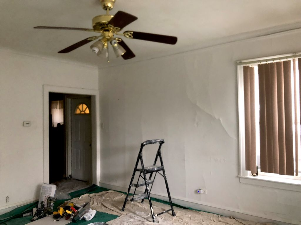 coating and painting a living room
