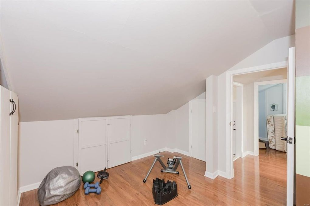 Attic to 3 Bedrooms