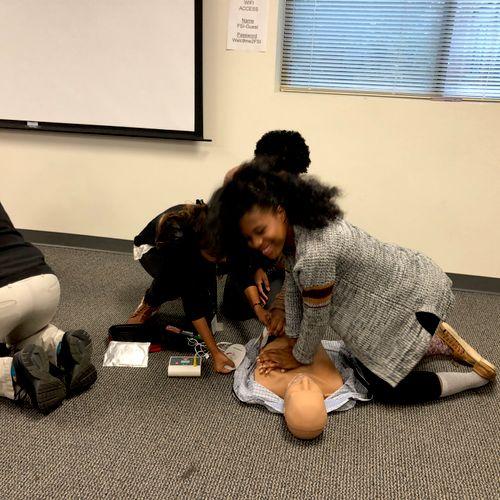 CPR Training in Spanish!