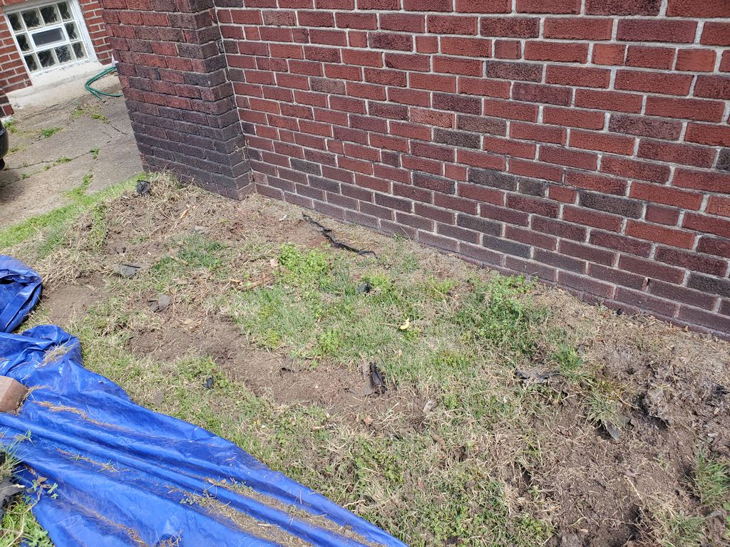 retaining wall and sod