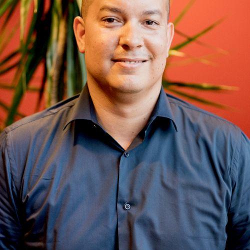 Co-Founder Alex Torres (Yale '01)
