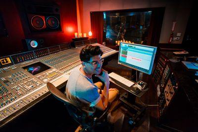 Avatar for Josh - (Engineer, Producer, Mixer) Phoenix, AZ Thumbtack