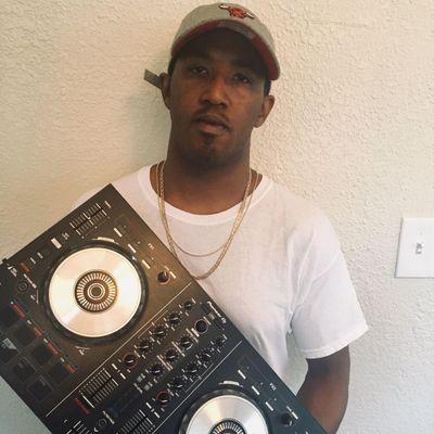 Avatar for DJ Rarri Jacksonville, FL Thumbtack
