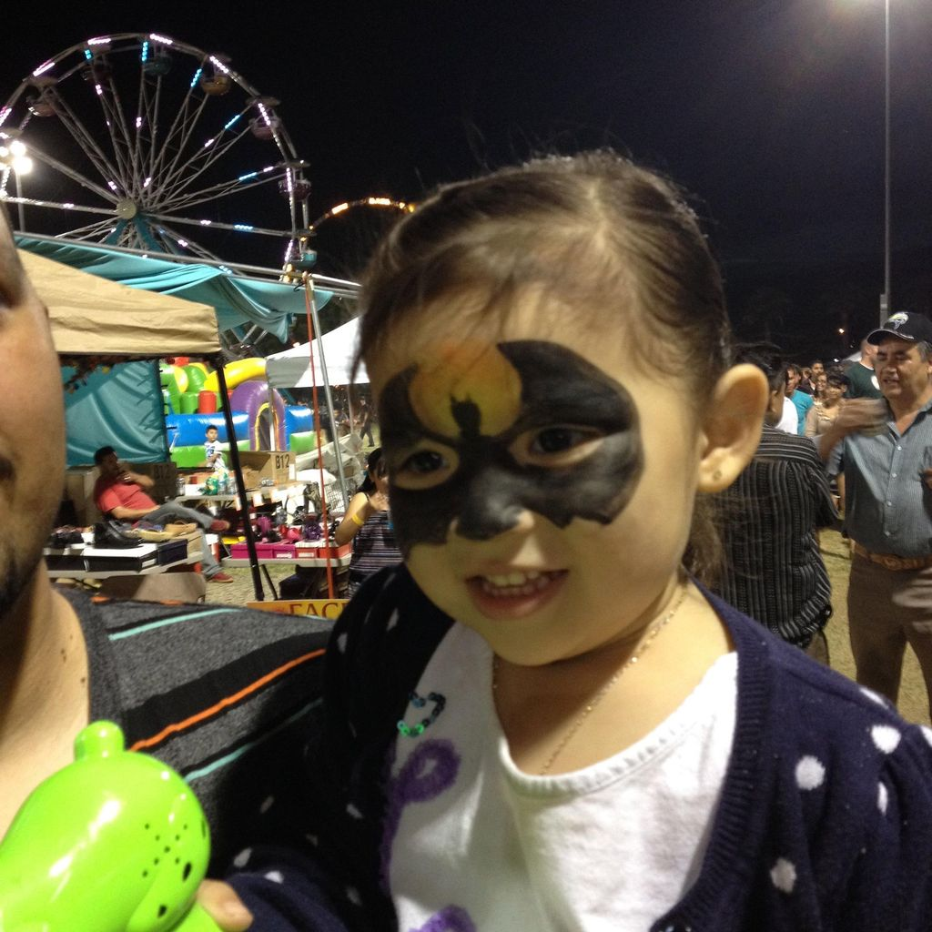 Funtastic  Faces Face Painting
