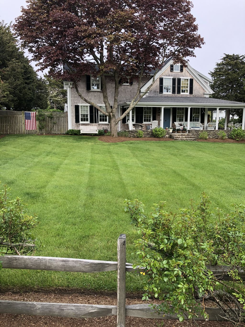 Lawn mowing & trimming