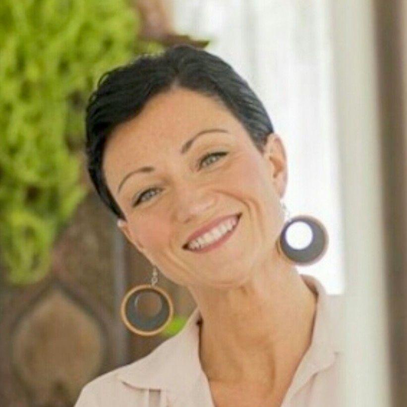 Leslie Christine MSW Psychotherapist