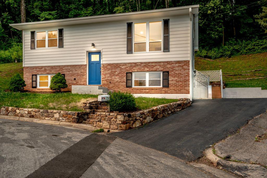 Real Estate in Salem, VA