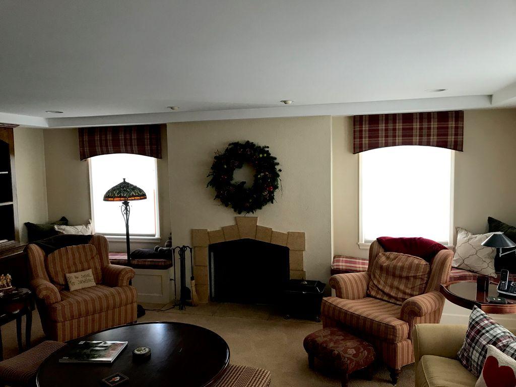Family Room New Pelmet
