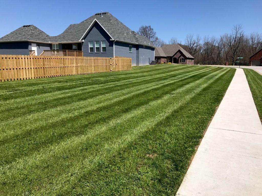 Total Lawn Care LLC