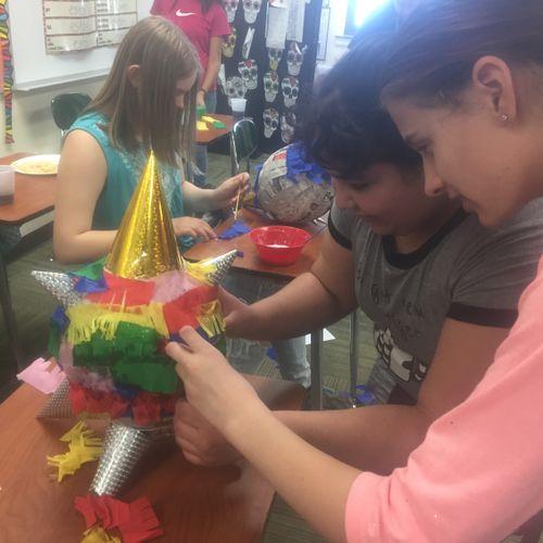 Making a piñata