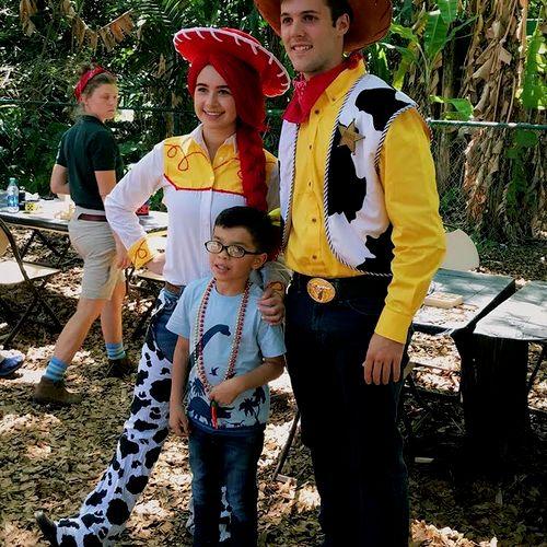 Jessie and Woody in Pinecrest Gardens