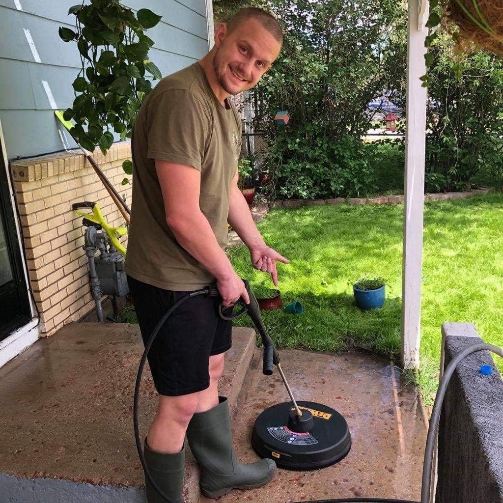Joe Stanford's pressure washing