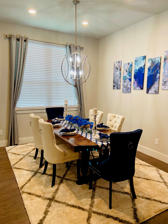 Contemporary Dinning Room