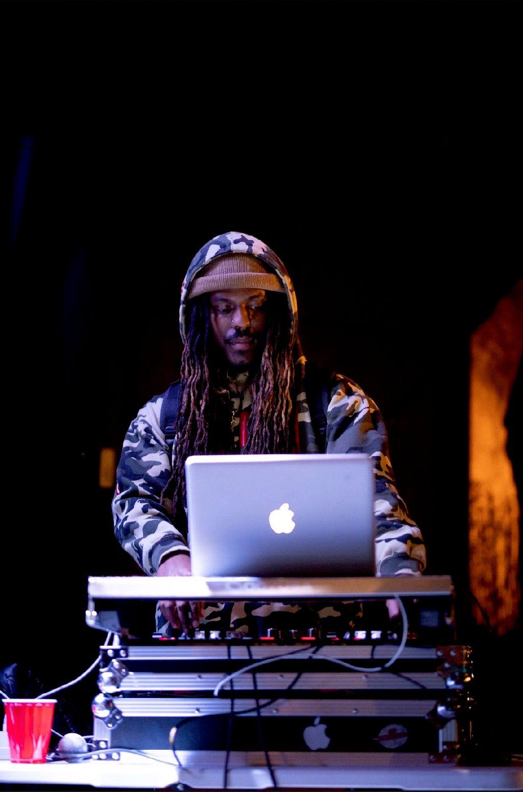 DJ COLEBLOODED