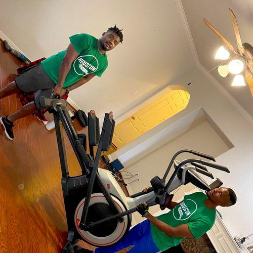 Treadmill has to go down.. Houston strong 💪