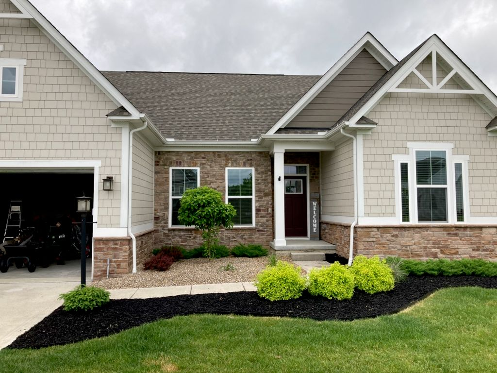 Four Seasons Landscaping and Lawn Care LLC