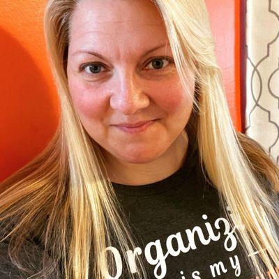 Avatar for Tina Schwab Organizing