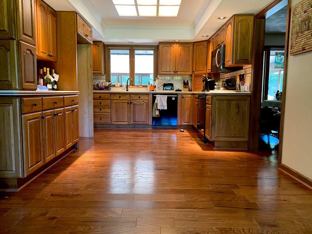Sanborn, NY- 1,000 Sq Ft - Engineered Hardwood Replacement