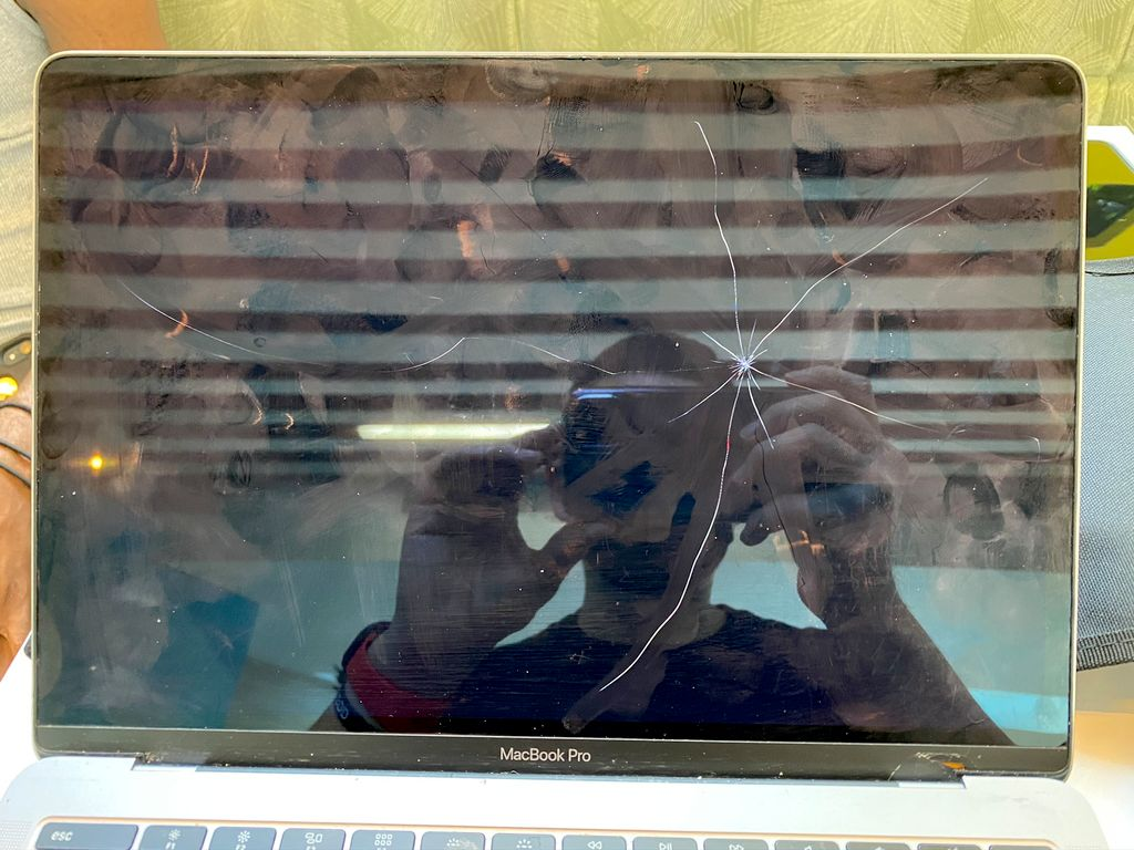 A1708 Apple Macbook Pro 2017 Screen Replacement