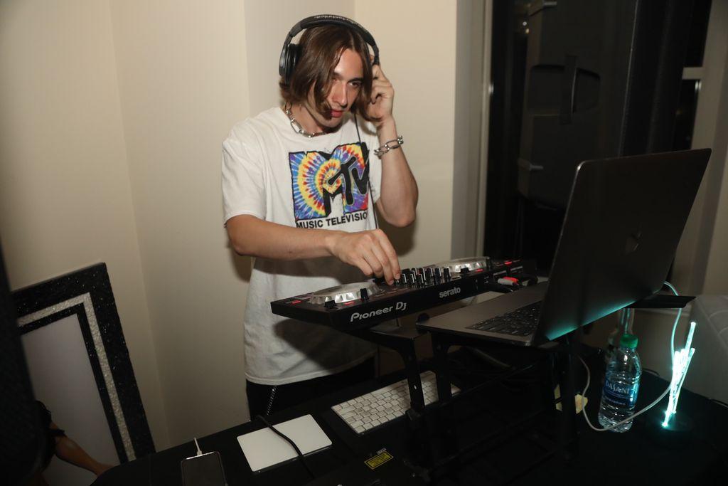 DJ Zleephouse