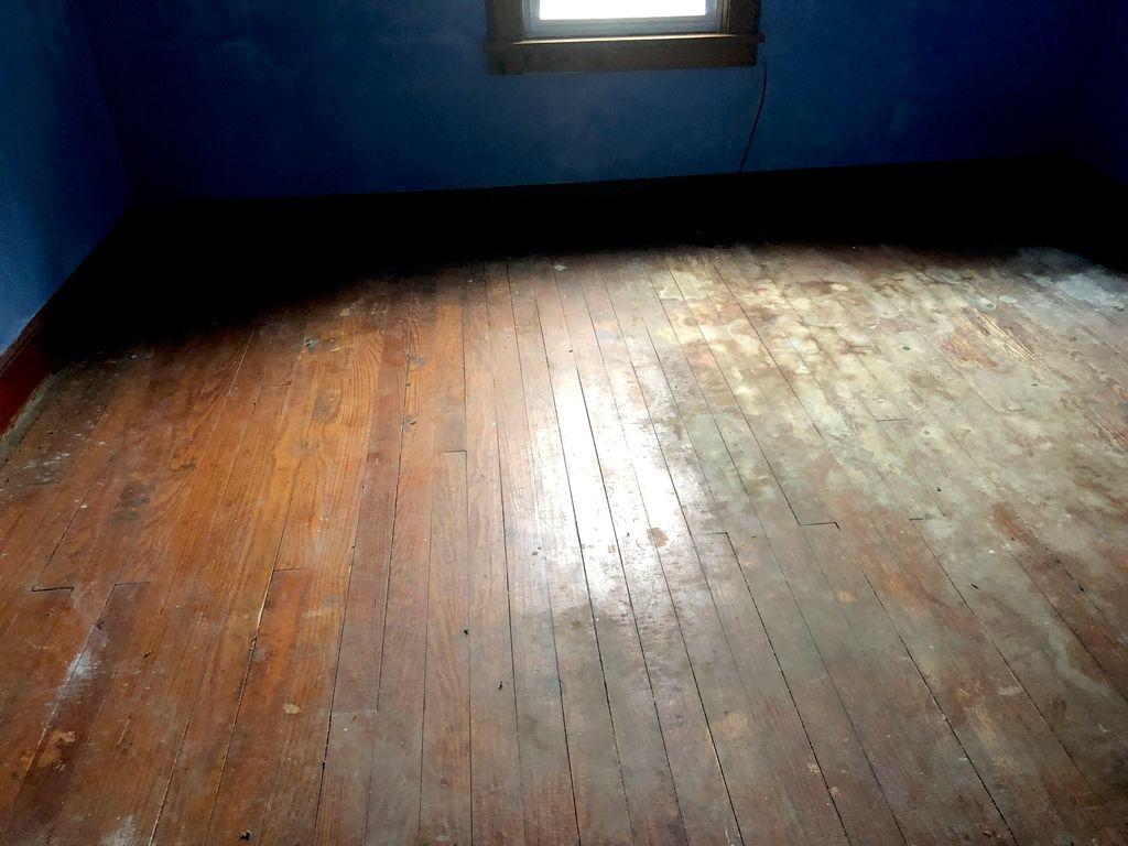 Hardwood floor sanding and refinishing