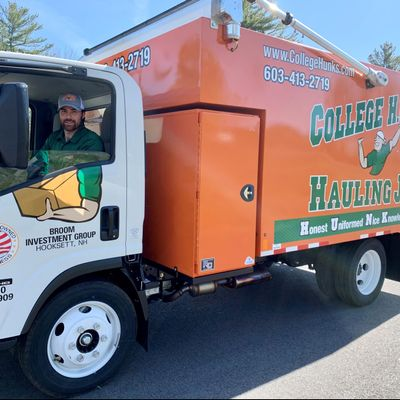 Avatar for College HUNKS Hauling Junk & Moving